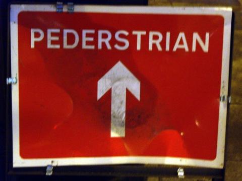 pederstrian1